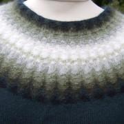 Gröna Dimman pullover cardigan Bohus Stickning