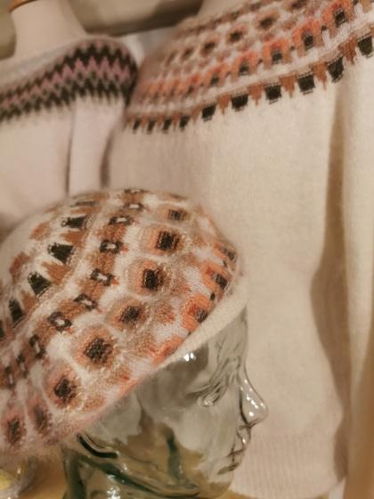 """Crevetten"" pullover and tam. Photo Pernille Silfverberg"