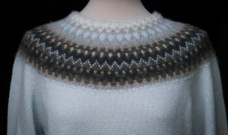 Gotiska Fönstret Blå pullover cardigan Bohus Stickning - Gotiska Fönstret Blå jumper/kofta kit