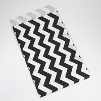 Presentpåse av papper, svart-vit