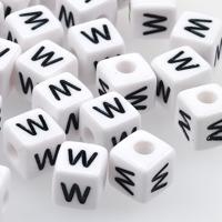Vita bokstavspärlor kub 10mm *W*