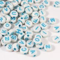 Bokstavspärlor craft-style, vit-ljusblå – utförsäljning