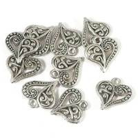Berlock, hjärta med ornament, antiksilver, 14mm