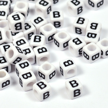 Vita bokstavspärlor kub 6mm *B*