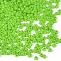 12/0 Seed Beads, opaque ljusgrön, 2mm