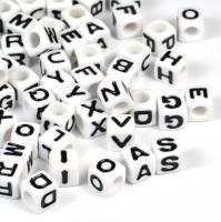 Bokstavspärlor, kub, 7mm, vit