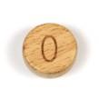 Platta, runda bokstavspärlor i trä - O