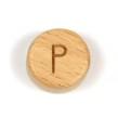 Platta, runda bokstavspärlor i trä - P
