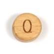 Platta, runda bokstavspärlor i trä - Q