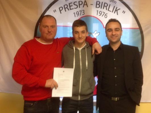 Från vänster: Sedat Semovski, Ilir Tahiri, Aydin Demir, ordförande.