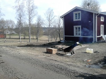 Här är före - efter bilder från en vacker Västerbottensgård där vi byggde förra veckan.