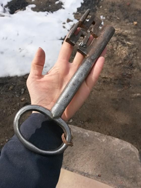 """Den """"lilla"""" nyckeln som går till detta soldattorp! De kunde göra personliga nycklar förr!"""
