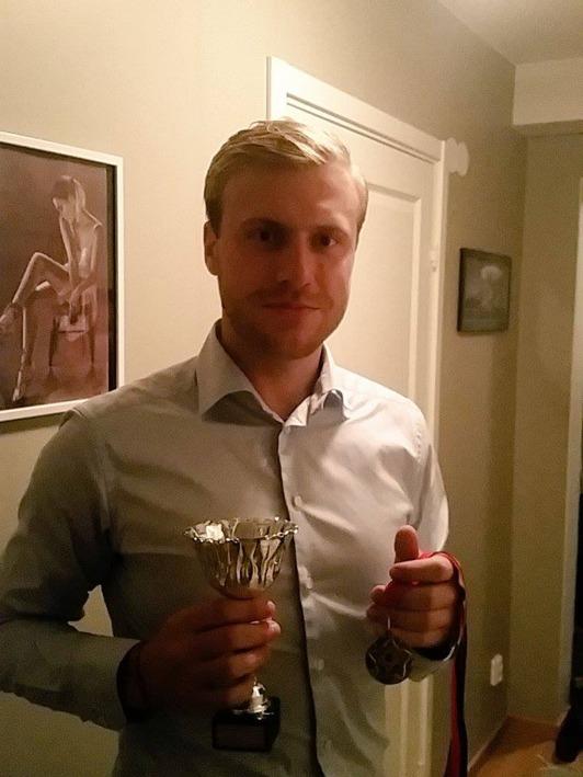 Oscar Hallberg fick priset Årets träningsnärvaro för andra året i följd, med smått osannolika 98% närvaro. Läskigt imponerande.