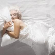 douglas kirkland Marilyn Monroe 01 - Classic Horizontal