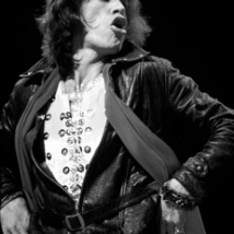 LYNN GOLDSMITH mick 1972 profile