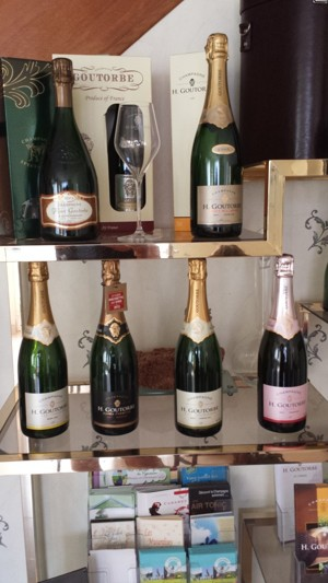 Ny Champagne för oss...