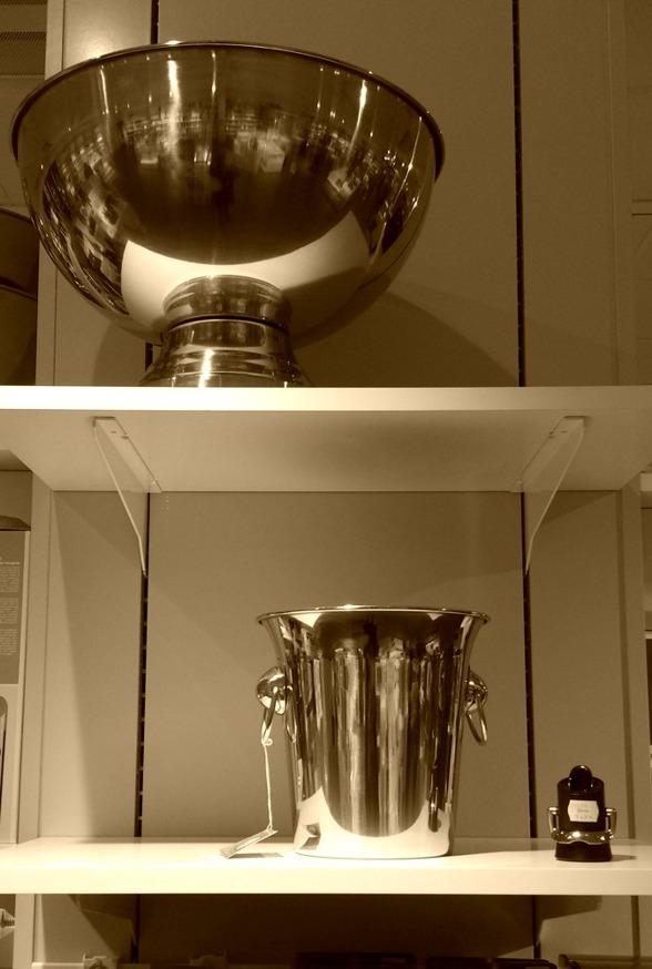 Härliga champagnekylare i flera storlekar.