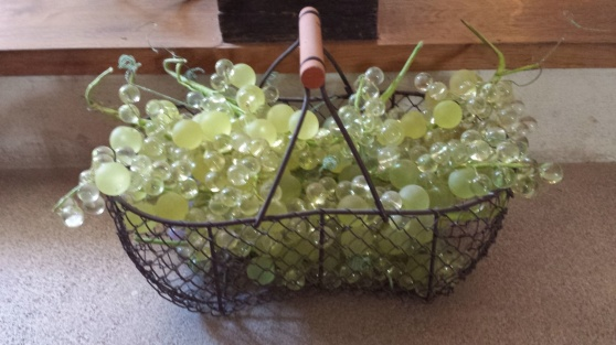 Chardonnaydruvor av glas