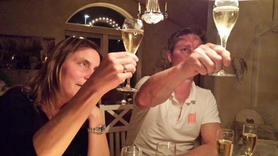 Anna & Johan Champagne.se