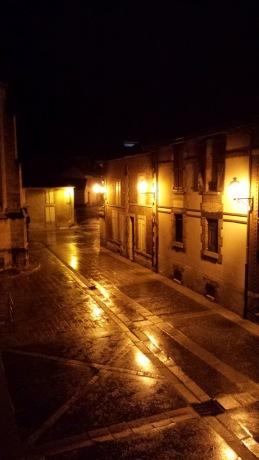 Aÿ by night