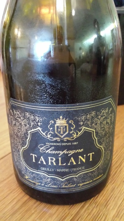 Cuvee Louis Extra Brut 50% Chardonnay- 50% Pinot Noir