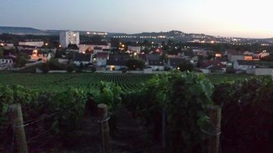 En kvällstur upp till Champagne Roger Bruns ägor...