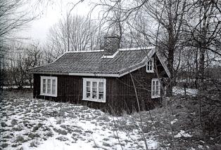 Foto Eva Bozovic, 2007; Knivaledet 1 275 kvadratmeter tomt.