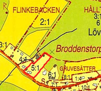 """Rött = """"Sandtaget"""" idag. Kartbild 2013. (Lantmäteriets fastighetsregister, 2013 - copyright)"""