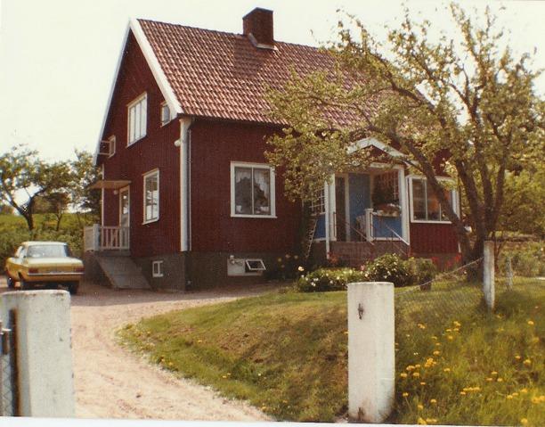 Bild från Ethel född Johansson i Vibonätt, idag Gustafsson, Pickabacken, Varnhem 2013