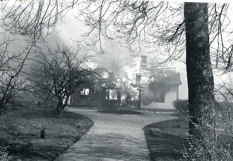 I. 5 (1) Lite senare fångade Bo Ramviken denna bild i svart-vitt. Insatt av kent Friman, 2014-03-05. Läs mer på www.saj-banan.se!