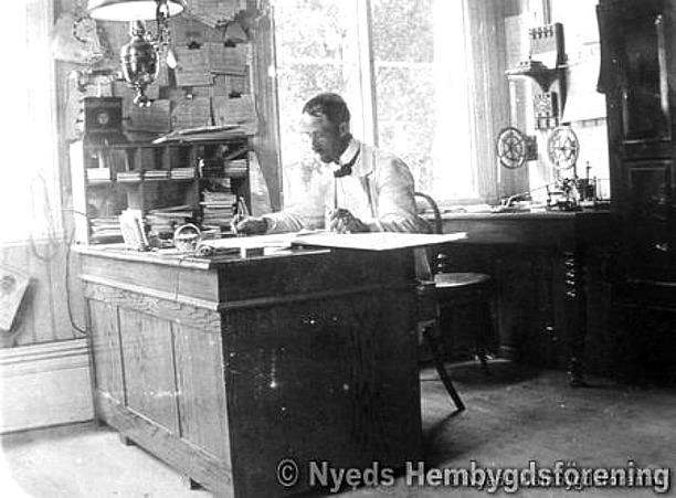 Bilden från Nyed Hembygdsförenings digitala arkiv, 2014