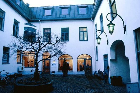 Bilden från Vasakronans hemsida: http://vasakronan.se/lokalobjekt/goteborg-2/drottninggatan-13-2