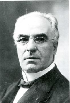 Kyrkoherde David Holmgren, Varnhems församling