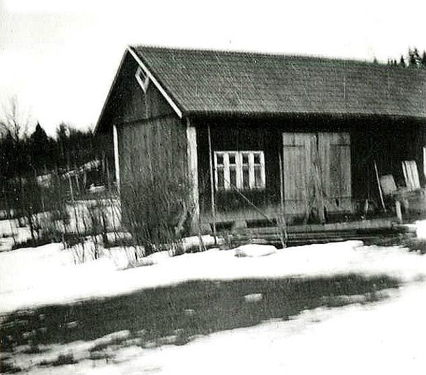 Bild från bröderna Lundbergs familjealbum, Ulfstorp, 2014