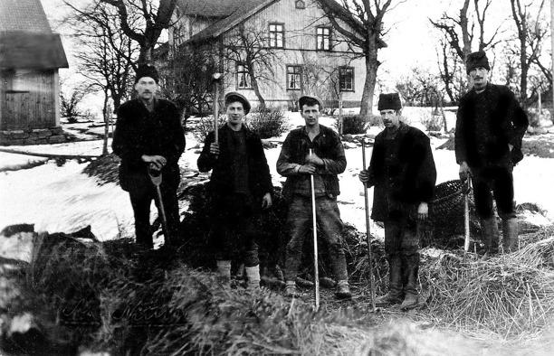 Bild från Skarke-Varnhems Hembygdsförenings arkiv, 2014.
