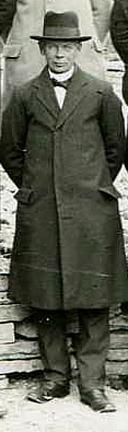 Arvid Pettersson 1923, foto från Skarke-Varnhems Hembygdsförenings Digitala Arkiv.