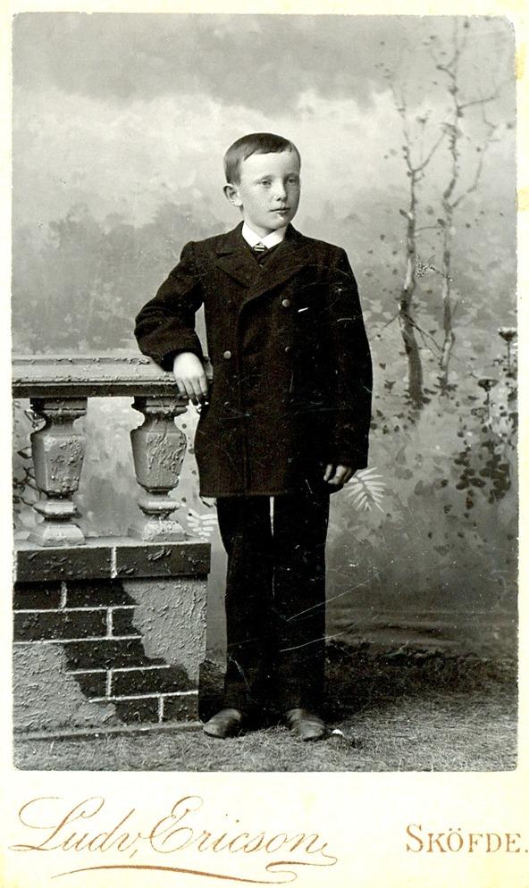 Ernst Lindstrand 1895 - bild från Maria Lindstrand barnbarnsbarn till Johannes och Carolina