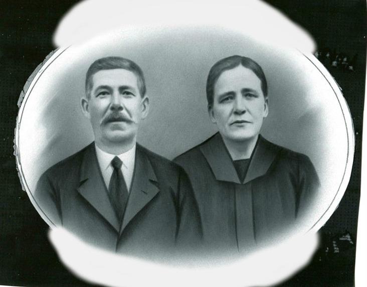 Farfar Johan Blomgren med hustru. Bild från Gun Främst, Varnhem, 2016