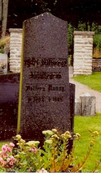Carl Ullbergs Familjegrav med dottern nanny från första äktenskapet