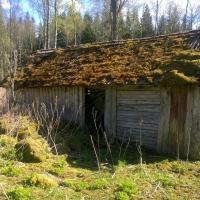 Resterna av ladugård från 1844