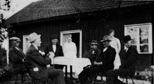 Pensionsnämnd 1930 -foto från Varnhemsbygden 1994