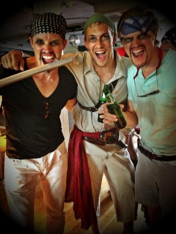 Marcus, Rickard & Daniel tog pirat temat på allvar...:-)