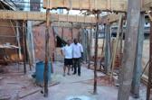 Presidente Luciano Monteiro sammen med Prosjektleder Snorre Holand på råbygget av Casa Noruega - skolen Futuro Rio bygger