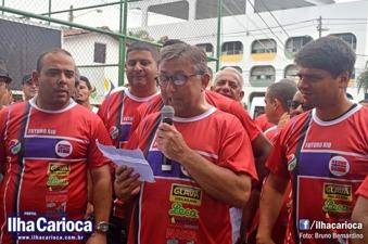 Takketalen av Snorre Holand går på Portugisisk. Her sammen med Nelsinho Miraldi tv, Pedro Paulo Carvalho Teixeira th.