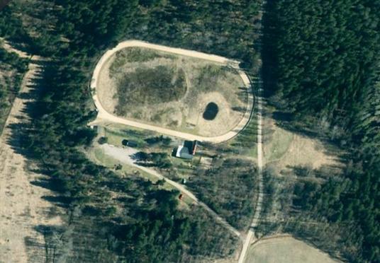 Satelitbild över anläggningen