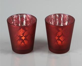 Röda ljuslyktor med mönster -