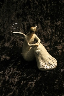 Ängelserien Ellinor - Sittande ängel Ellinor_C