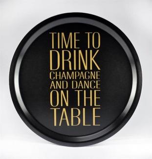 Bricka rund 31 cm, Time to drink, svart/guldtext -