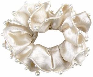 Hårband med pärlor   - Hårband med pärlor vit