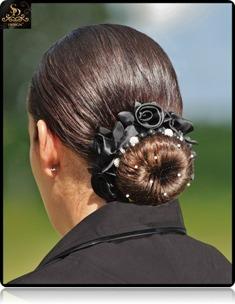 SD® Hårband med rosor  - Svart hårband av rosor
